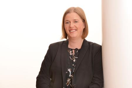 Carolyn Jeche